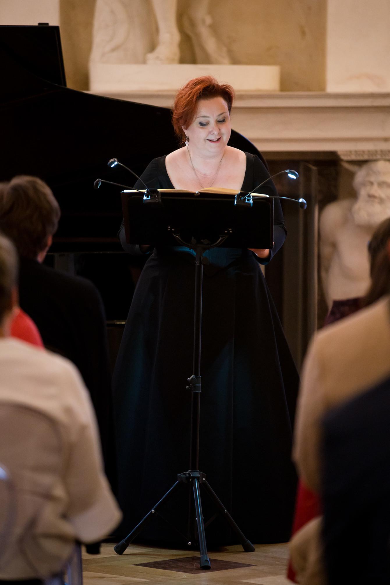 Justyna Stępień - sopran || FESTIWAL. FRYDERYK CHOPIN – PIEŚNI I UTWORY INSTRUMENTALNE / 18.07.2019. Fot. Maciej Czerski