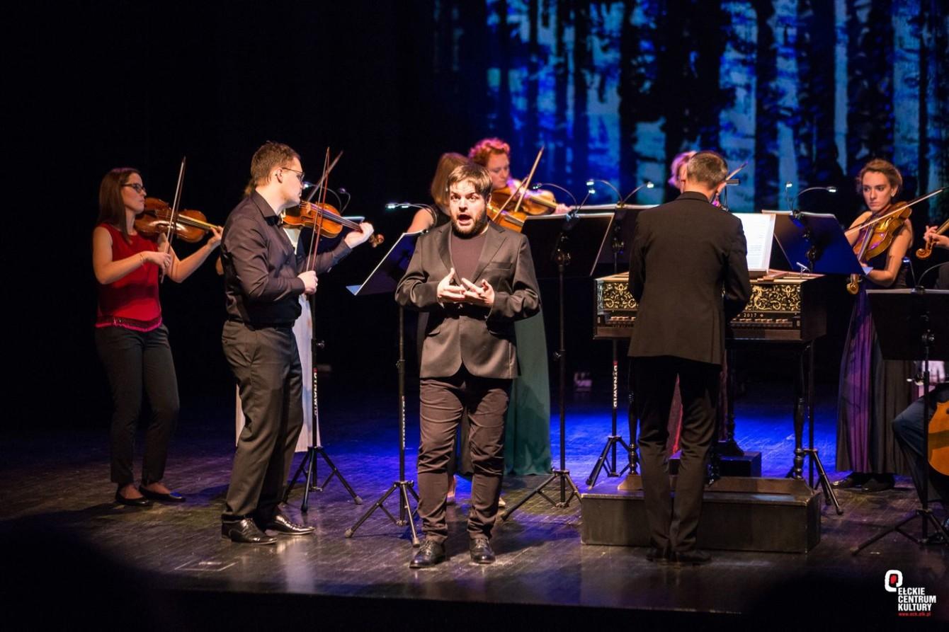 Dopo notte / Kacper Szelążek - recital   4.01.2020   Ełckie Centrum Kultury   fot. Michał Zadroga